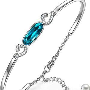Kate Lynn Bangle Bracelet